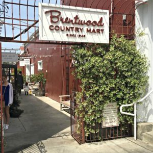 Brentwood Country Mart sign