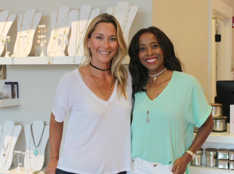 two women in wearing Summer Accessory Trends