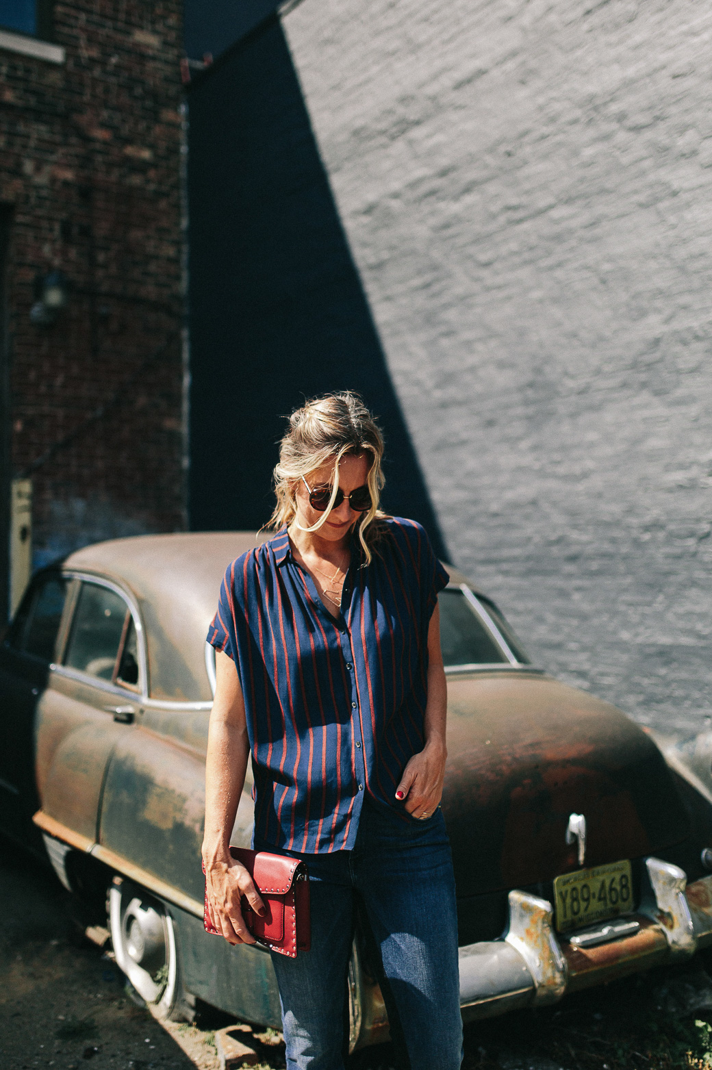What to pack for a trip to Nashville: Never Without Navy