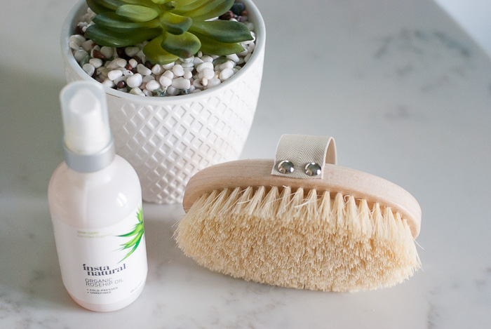 Dry brushing is compatible with your favorite body oil