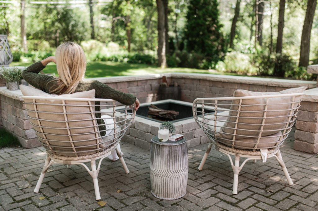 How to build your own outdoor patio space with a fire pit
