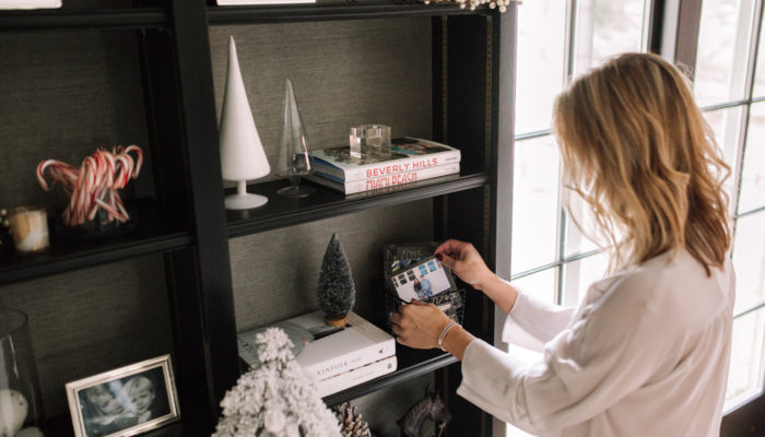 Decorating Bookshelves for the Holidays
