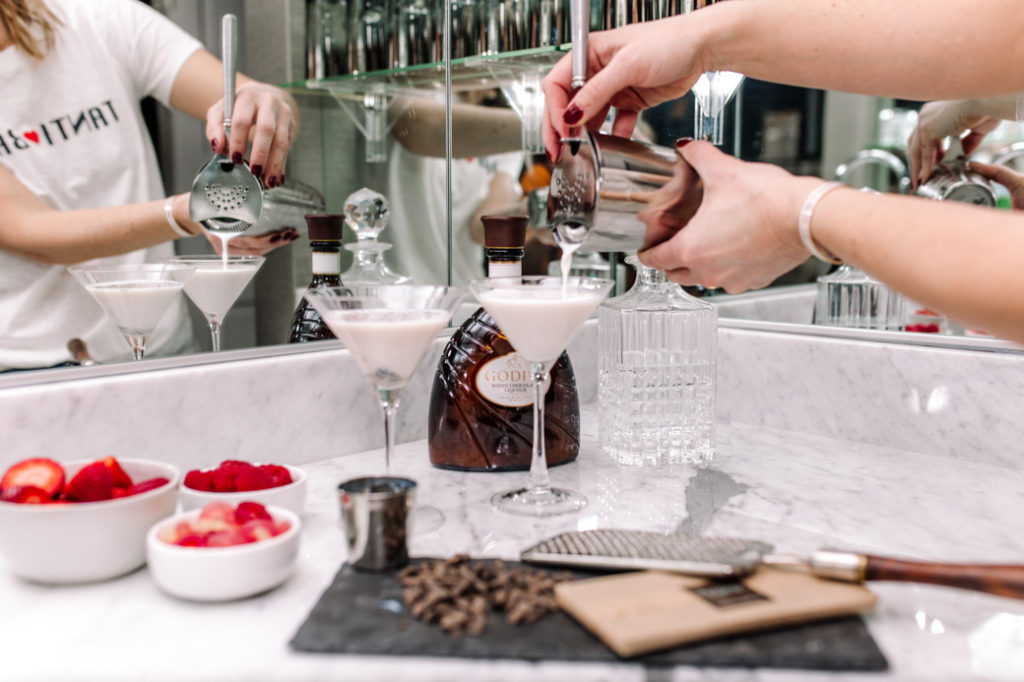 GODIVA Chocolate Martini Recipe for Valentine's Day