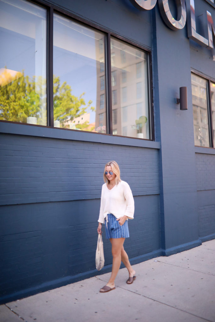 Megan Medica is sharing a Summer Capsule Wardrobe