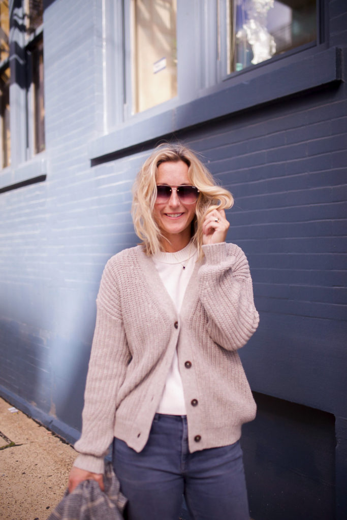knit cardigan for fall capsule wardrobe